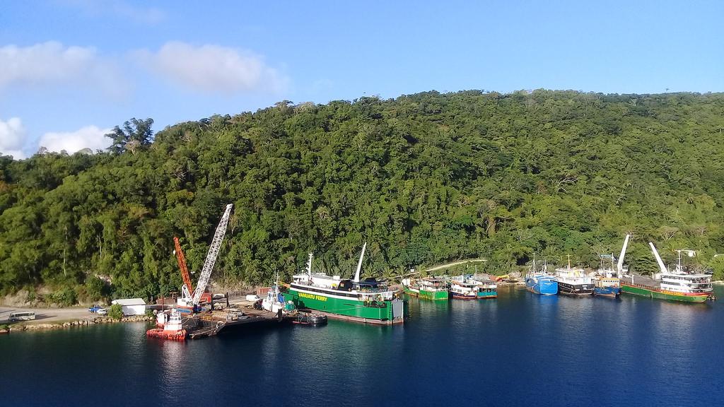 Vanuatu-Ferry-43494478812